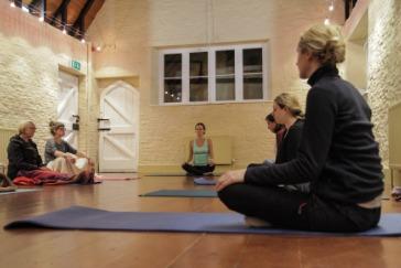 Yoga meditation Improvers Keynsham